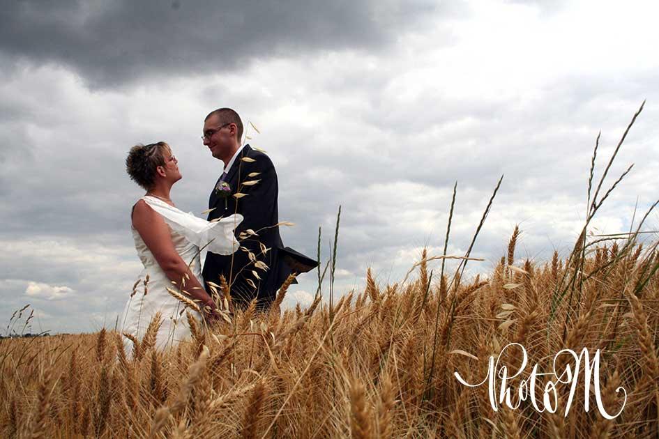 Photographie de mariage. Département de l'Ain, à St Jean le Vieux proche d'Ambérieu-en-Bugey, Bourg-en-Bresse, Lagnieu, Pont d'Ain.