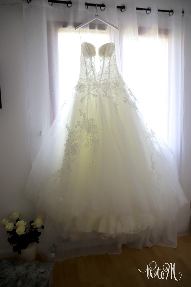 la robe n'attend plus que la mariée